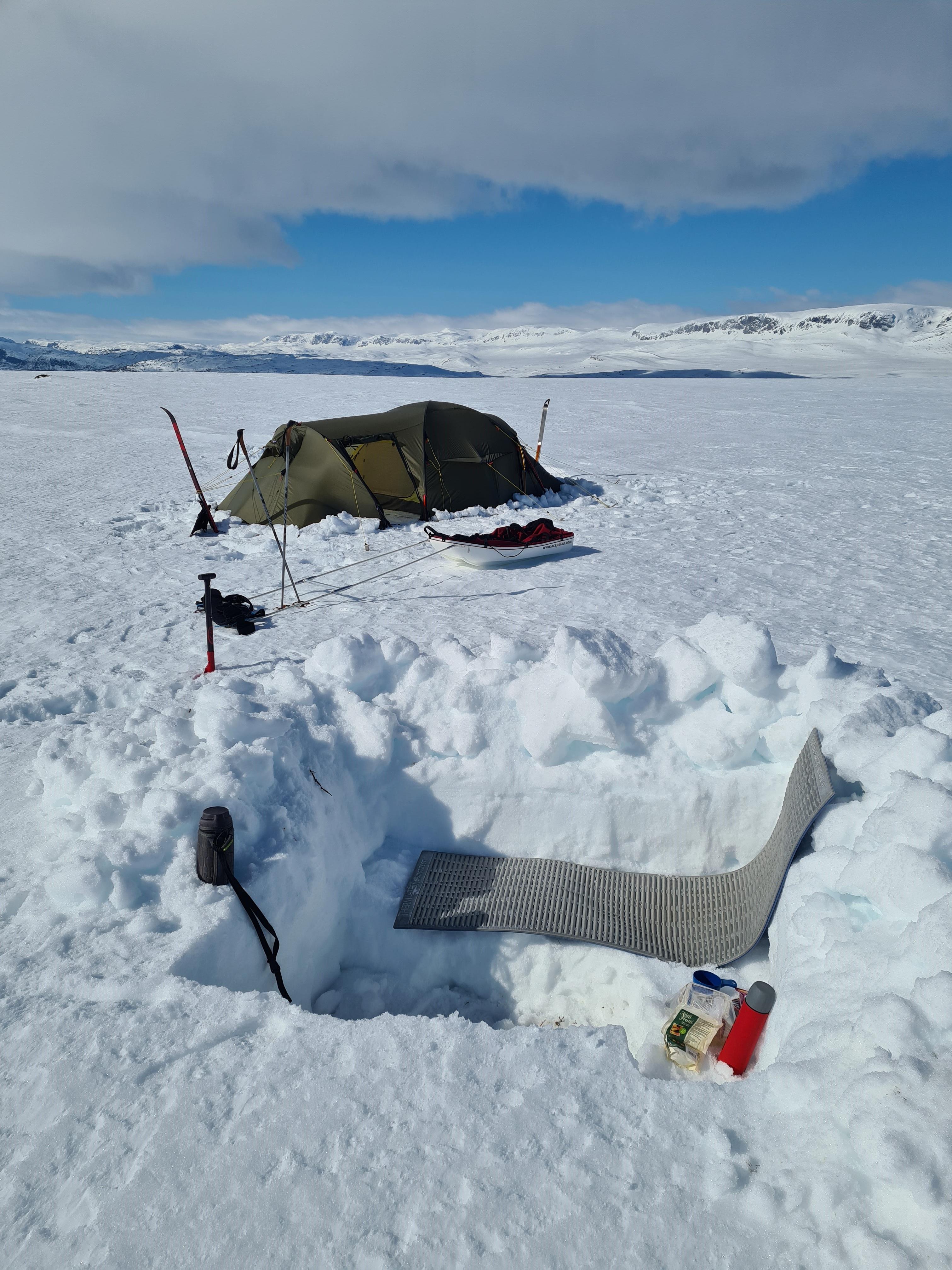Vintertur med telt hardangervidda
